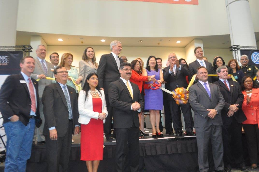 Central Florida's business leaders and elected officials gather for the Hispanic Business Conference & Expo 2015 ribbon cutting. Photo: J. Willie David III/Florida National News.