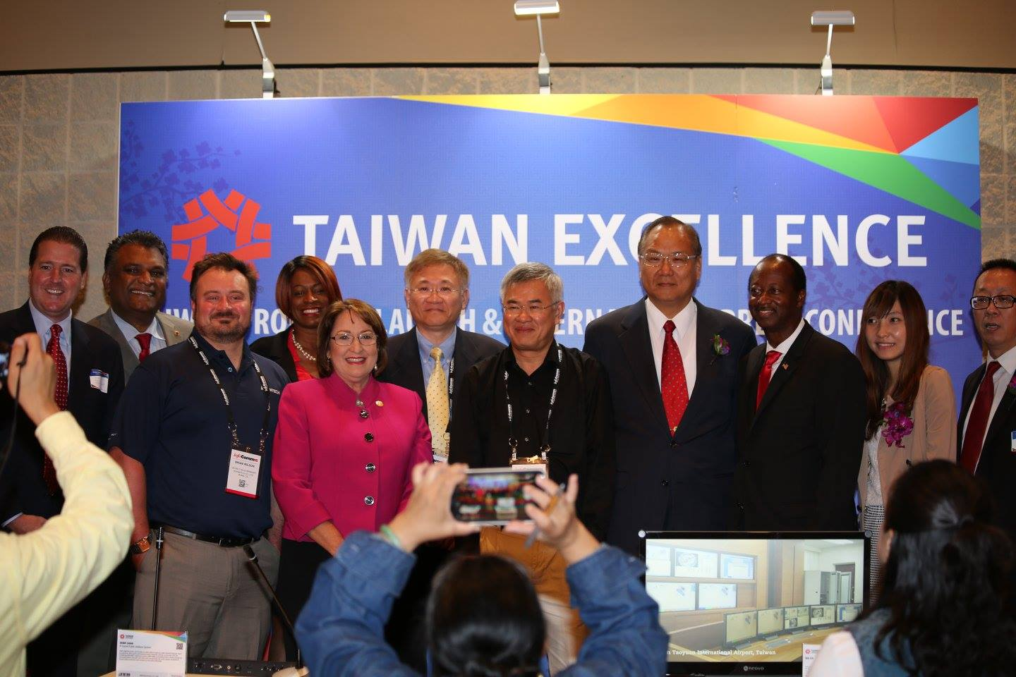 Taiwan Excellence's Products Launch and International Press Conference at InfoCOmm 2015 hosted 70 guests and four award-winning companies. (l-r) Creative Village visionary Craig Ustler, Orange County Property Appraiser Rick Singh, Advantech Sales Manager Brian Wilson, Commissioner Regina Hill, Orange County Mayor Teresa Jacobs, AG Neovo Sales & Marketing Director David Meng, Chiayo VP Alwin Chin, TECO Director General Philip T.Y. Wang, Commissioner Samuel B. Ings, and BXB International Sales representative Stacy Chiang. Photo: J. Willie David III/Florida National News.
