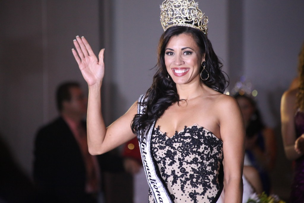 Jannese Garcia Vazquez crowned  Ms. Latina International at the Holiday Inn Walt Disney World Resorts Hotel in Orlando August 16, 2015. Photo by FNN News Staff J. Willie David, III