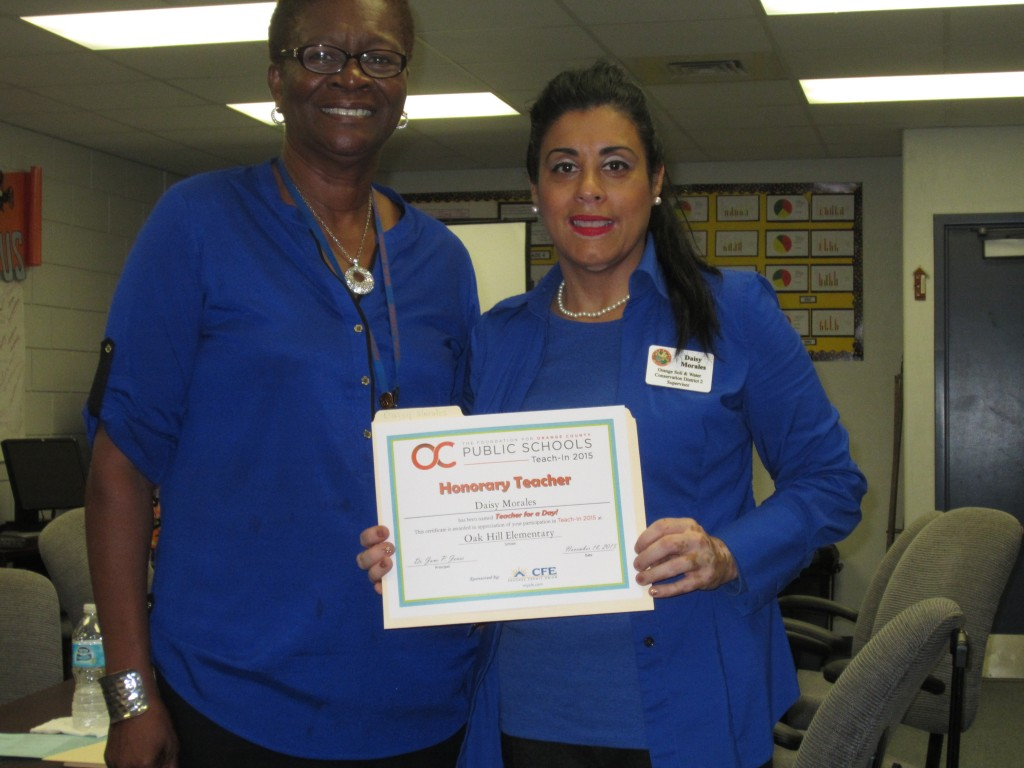 FILE - Orange Soil & Water Conservation District Supervisor Daisy Morales, named Teacher for a Day, was presented with a certificate of appreciation from Oak Hill Elementary, November 18, 2015. (File photo: Willie David / Florida National News)