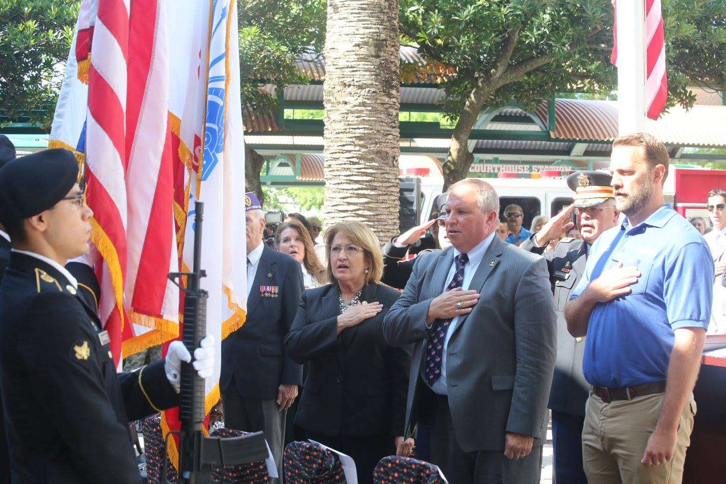 ORLANDO (FNN NEWS) -- Orange County Mayor Teresa Jacobs, LTG Jack Stultz and others honor Orange County's fallen at the Orange County Courthouse on Memorial Day. Photo: J. Willie David III/Florida National News.