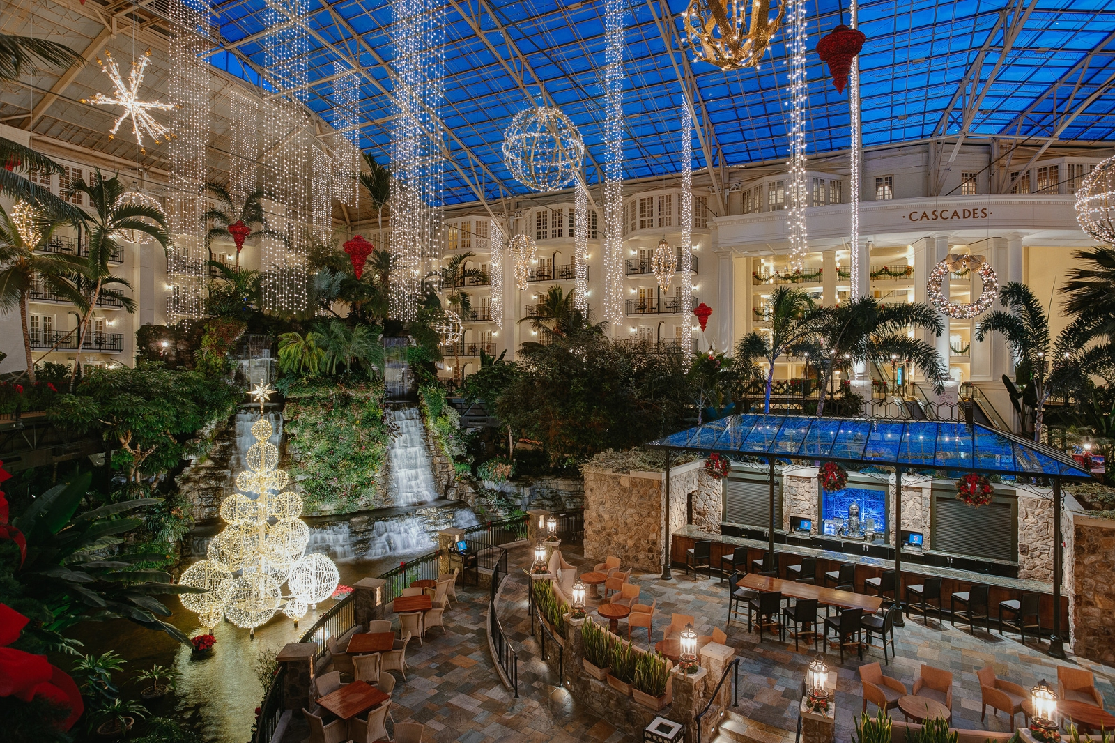 July Heat Means Christmas Prep At Gaylord Hotels 187 Florida National News