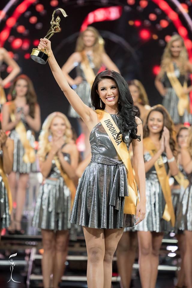 Miss Indonesia Ariska Putri Pertiwi, wins Best National Costume award