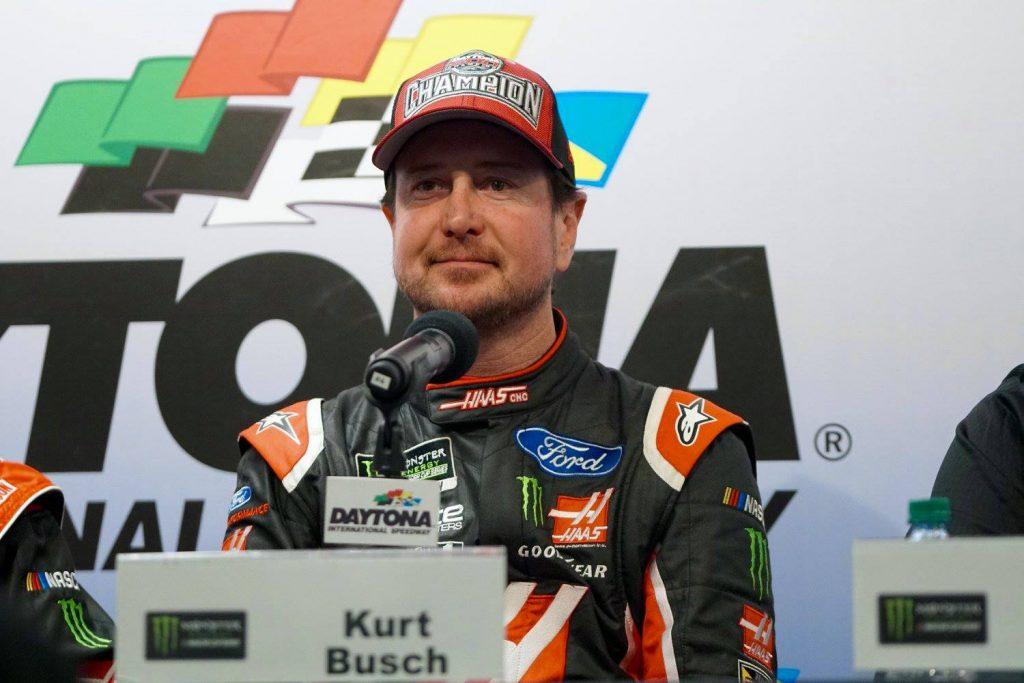 Kurt Busch wins the 59th DAYTONA 500. Photo: William Roebuck/Florida National News