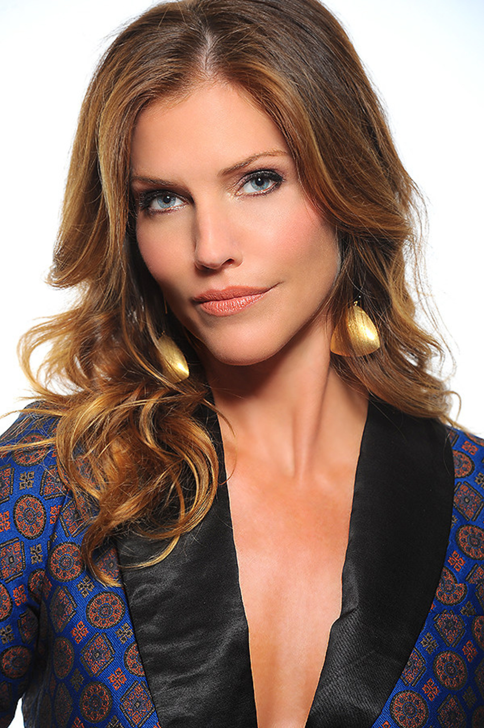 David charvet hairstyles for 2017 celebrity hairstyles by - Tricia Helfer American Gem Trade Association