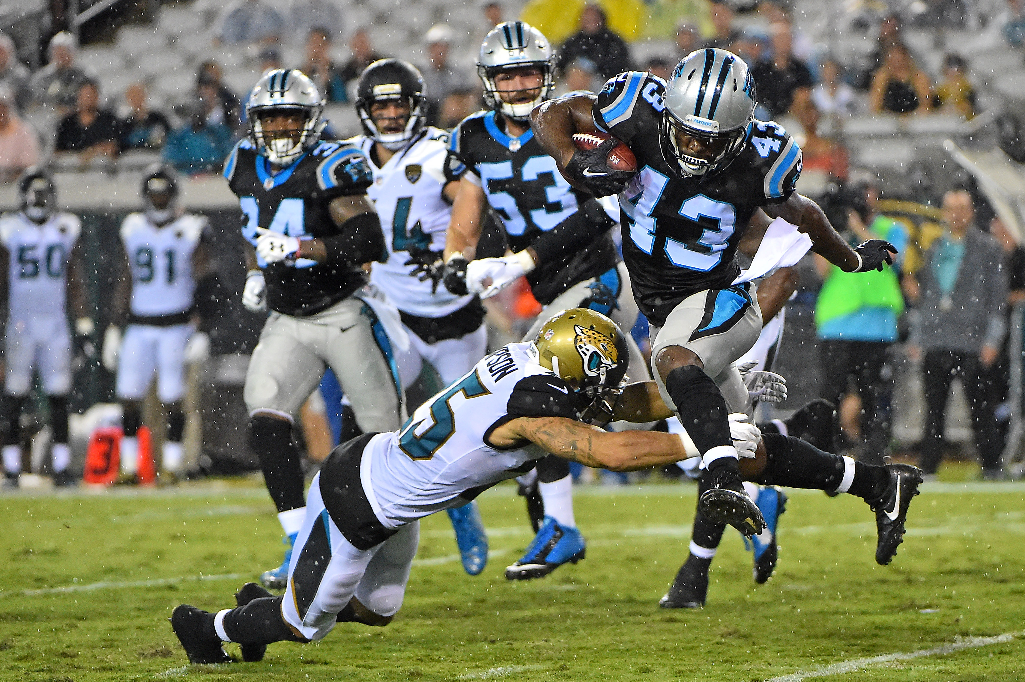 JACKSONVILLE, Fla. (FNN SPORTS) - The Jacksonville Jaguars struggled against the Carolina Panthers at EverBank Field Thursday. Photo: Jasen Vinlove/USA TODAY Sports.