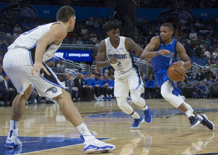 ORLANDO (FNN SPORTS) - Aaron Gordon (l) scored 17 points and grabbed 10 rebounds as he led the Orlando Magic past the shorthanded Dallas Mavericks. Photo: WIllie Allen, Jr./AP.