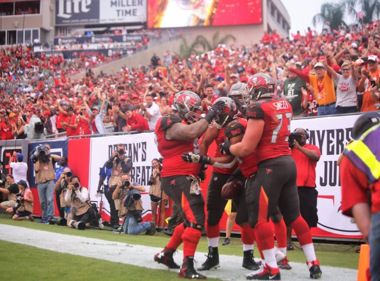 TAMPA, Fla. (FNN SPORTS) - With Jameis Winston injured and being 2-6 on the season, the Tampa Bay Buccaneers had the dire need for a victory against the New York Jets at Raymond James Stadium Sunday. Photo: Willie David/Florida National News.