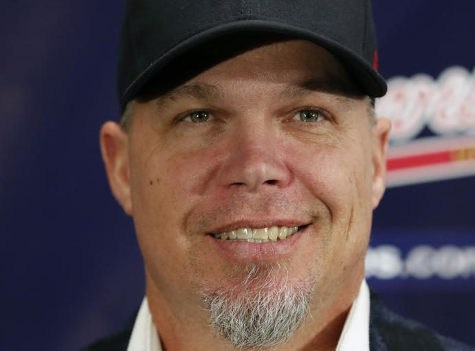 DAYTONA BEACH (FNN SPORTS) - Former Atlanta Braves third baseman Chipper Jones, who was inducted into the Pro Baseball Hall of Fame in January, will be the Honorary Race Official for the 60th annual DAYTONA 500. Photo: John Bazemore/AP.