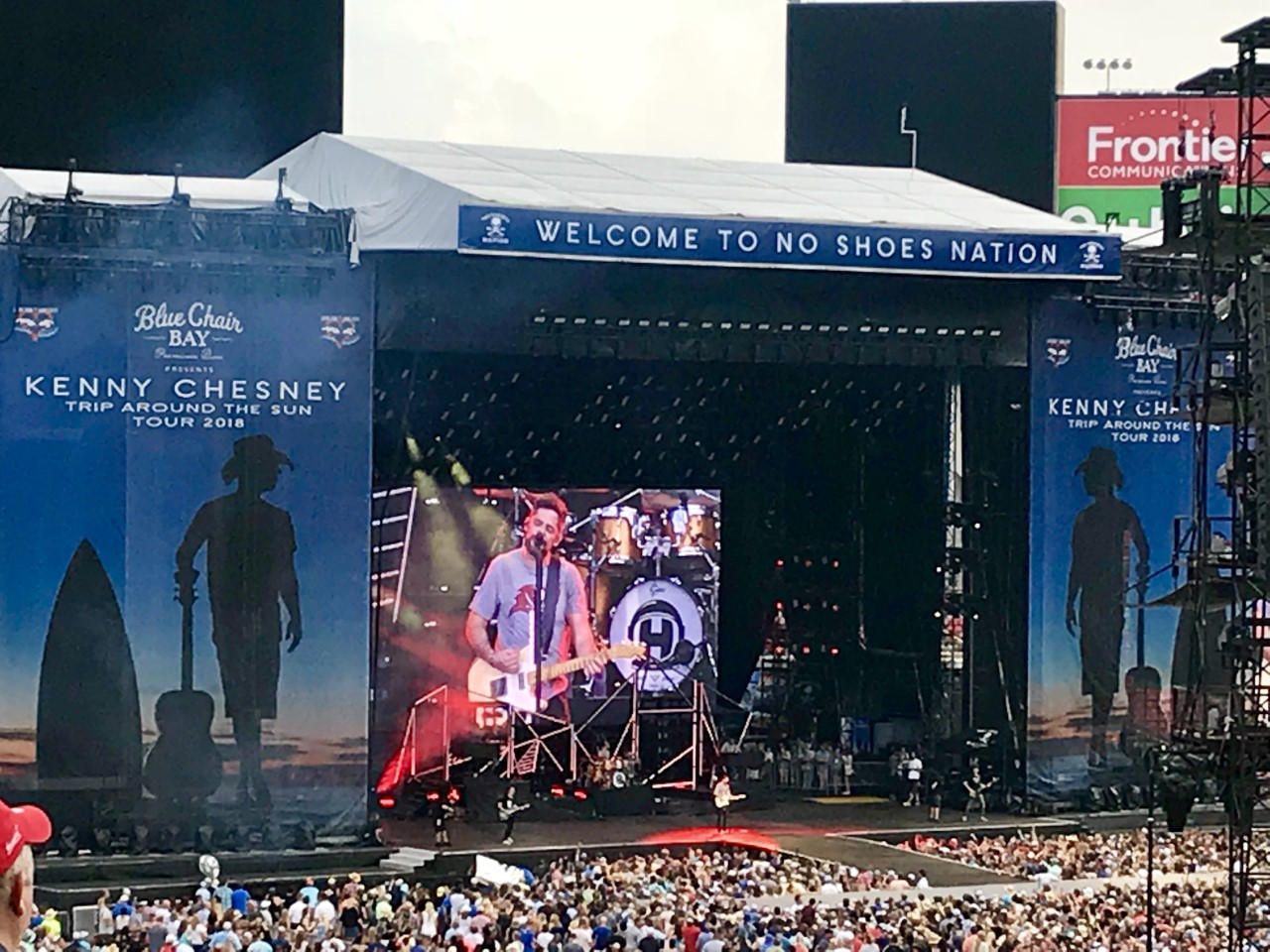 TAMPA (FNN NEWS) - Kenny Chesney made up for five years' lost time at Raymond James Stadium Saturday. Photo: Kasey Hudson / Florida National News.