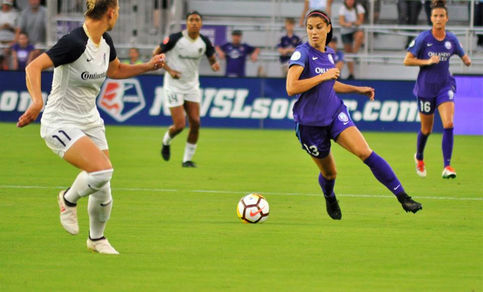 ORLANDO (FNN SPORTS) - Alex Morgan and the Orlando Pride fought to defend their 5-game winning streak against the North Carolina Courage Wednesday, but couldn't quite hold them. Photo: Willie David/Florida National News.