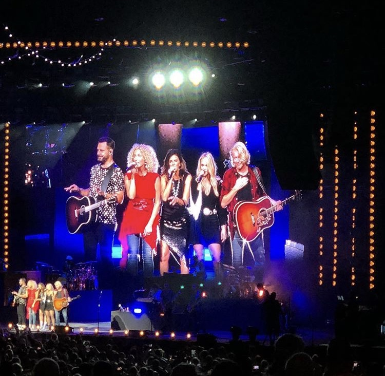 Miranda Lambert and Little Big Town closed out the night. Photo: Kasey Hudson/Florida National News.