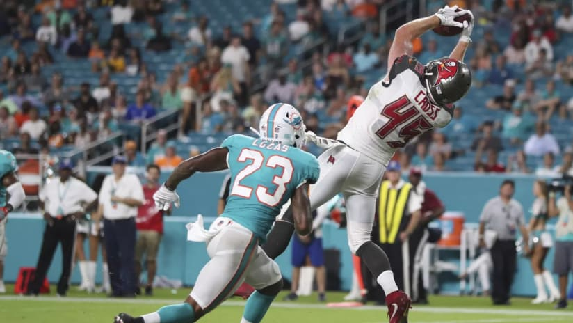 Tampa Bay's Alan Cross makes an epic touchdown catch against the Miami Dolphins at Hard Rock Stadium Thursday night. Photo: Tampa Bay Buccaneers.