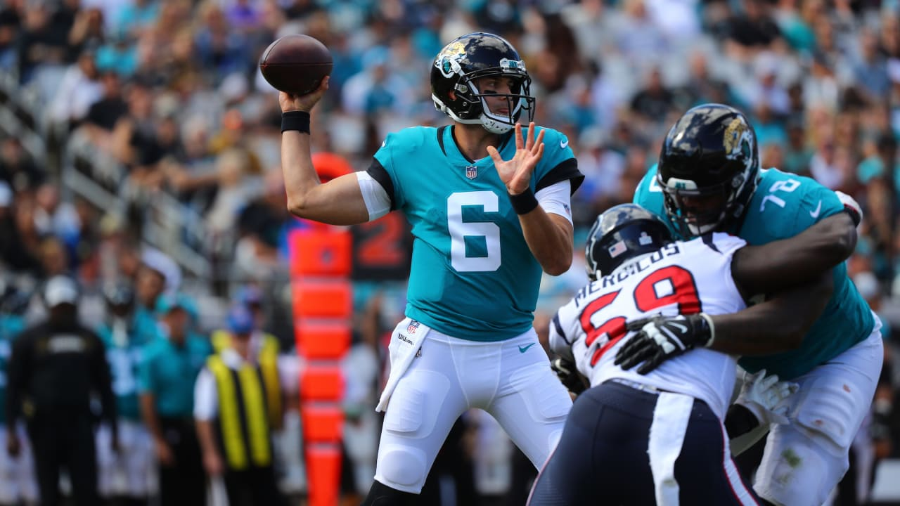 Jaguars quarterback Cody Kessler (#6) and the Jaguars couldn't go beyond their 7 points against the Houston Texans at TIAA Bank Field Sunday. Photo: Jacksonville Jaguars