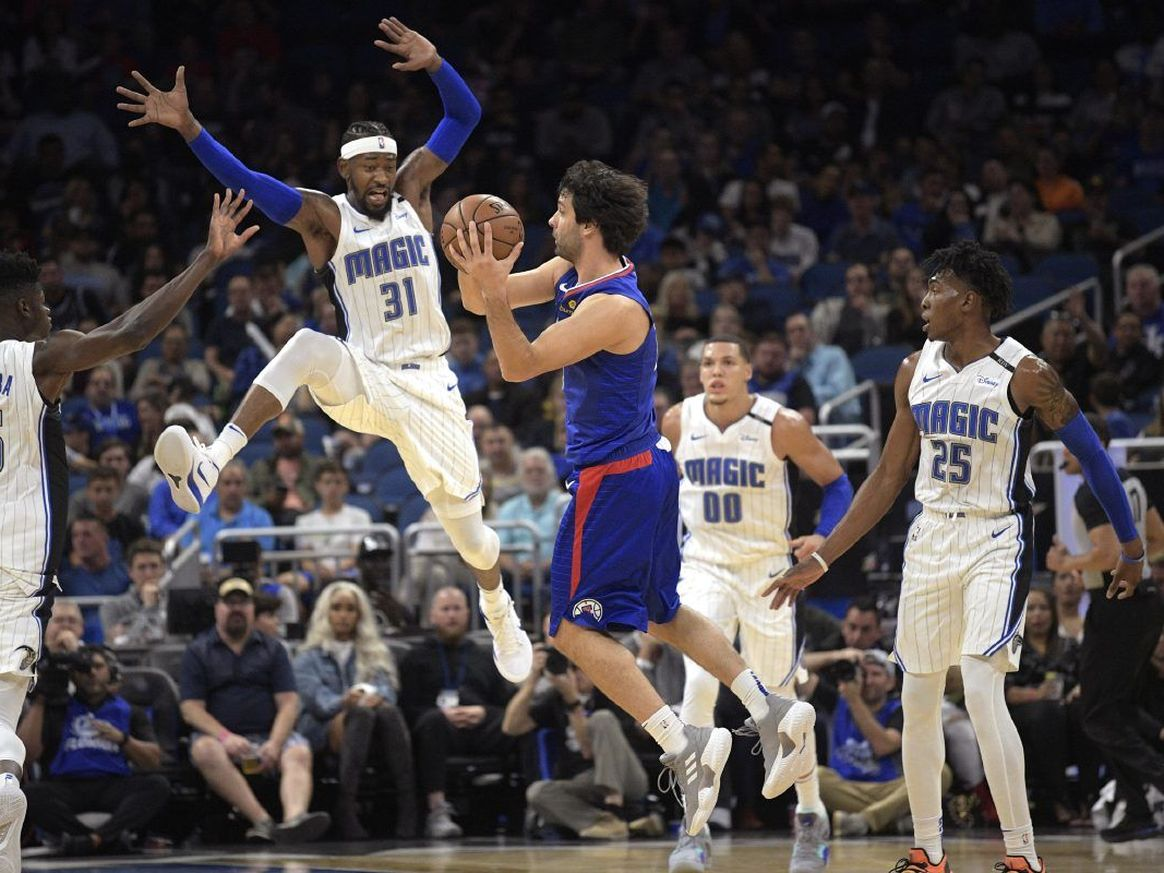 Terrance Ross (#31) and the Magic couldn't quite pull out the win against the L.A. Clippers at Amway Center Friday. Photo: AP.