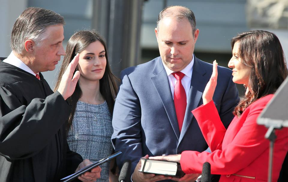 Florida Lieutenant Governor Jeanette Nunez takes the oath of office. Photo: Mellissa Thomas/Florida National News.