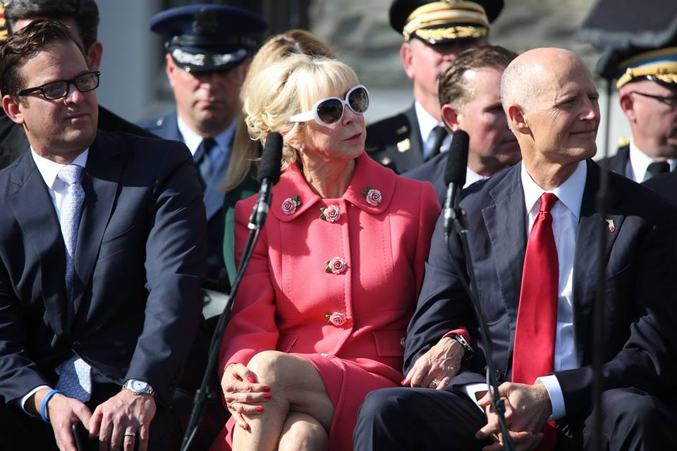 Former Governor Rick Scott (right) and his wife Ann attended the Florida cabinet inauguration before departing to attending his own oath of office as Senator in Washington, D.C. Former lieutenant governor Carlos Lopez-Cantera (left) lent his support as well. Photo: Mellissa Thomas/Florida National News.