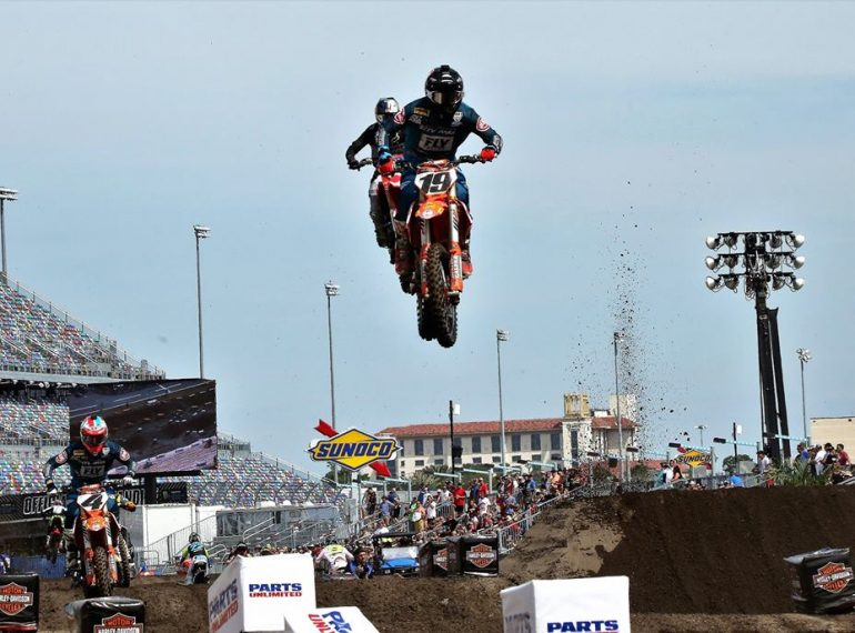 No. 19 Justin Bogle, out of Cushing, Oklahoma, races his KTM 450 SX-F-Factory Edit for Rocky Mountain ATV/MC during a 450 SX free practice before the 2019 DAYTONA Supercross at Daytona International Speedway Saturday, March 9, 2019. Photo: Willie David/Florida National News.