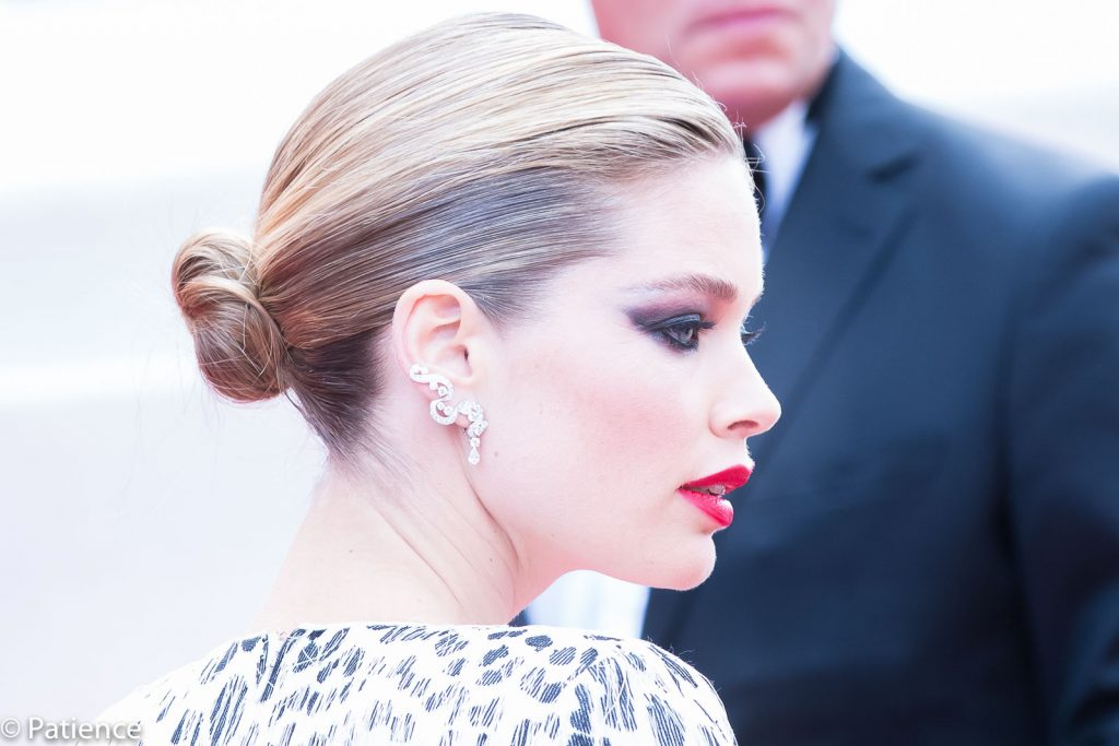 "Dutch supermodel Doutzen Kroes' smoky-eyed makeup added mystique and sophistication to her look on the ""Once Upon a Time ... in Hollywood"" premiere red carpet at the 2019 Cannes Film Festival Tuesday, May 21. Photo: Patience Eding/Another Concept Magazine/Florida National News."