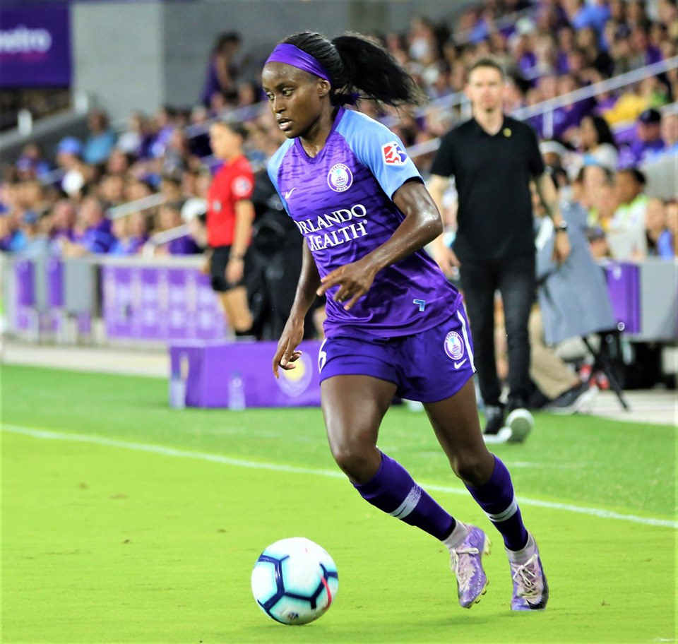 Chioma Ubogagu runs the ball against Portland Thorns FC at Orlando City Stadium Saturday, May 11, 2019. Photo: Willie David/Florida National News.