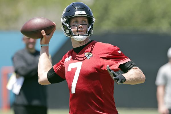 best sneakers 5d10d aed1c Nick Foles on Day 1 of Training Camp: 'A Solid Foundational ...