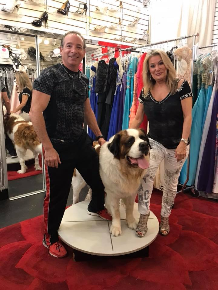 Brett Shulman, a friend and fan of Liz's, often stops by her Park Avenue with his St. Bernard to say hello.