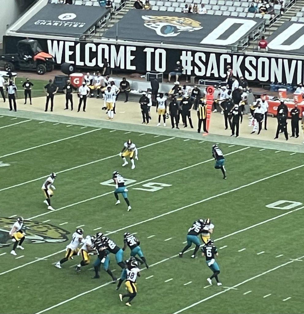 Jacksonville Jaguars vs. Pittsburgh Steelers at TIAA Bank Field Sunday, November 22, 2020. Photo: Mike Brodsky/Florida National News.
