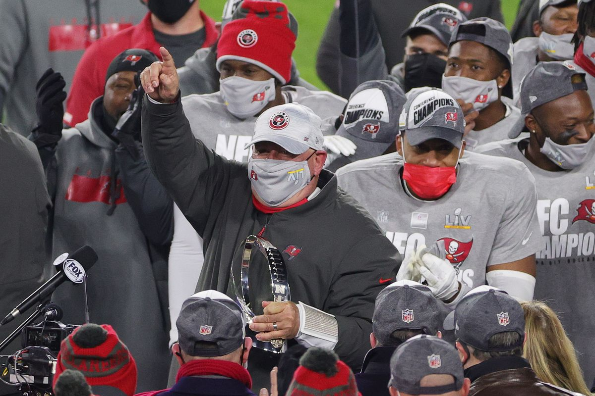 The Tampa Bay Buccaneers celebrate their historic NFC Championship win against the Green Bay Packers at Lambeau Stadium January 24, 2021. Photo: Stacy Revere/Getty Images.