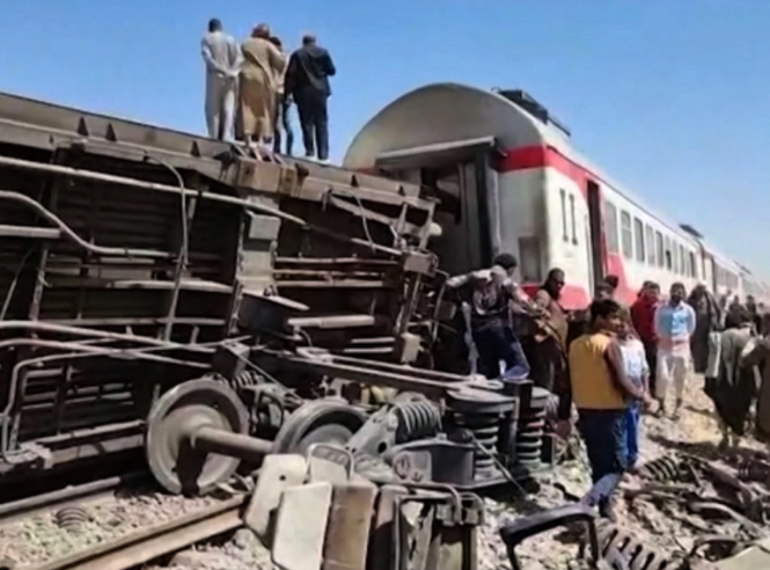 Egypt has been plagued by deadly train accidents in recent years that have been widely blamed on inadequate infrastructure and poor maintenance. Photo: AFP.